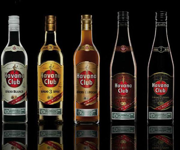 Gia đình nhà rượu rum Havana Club