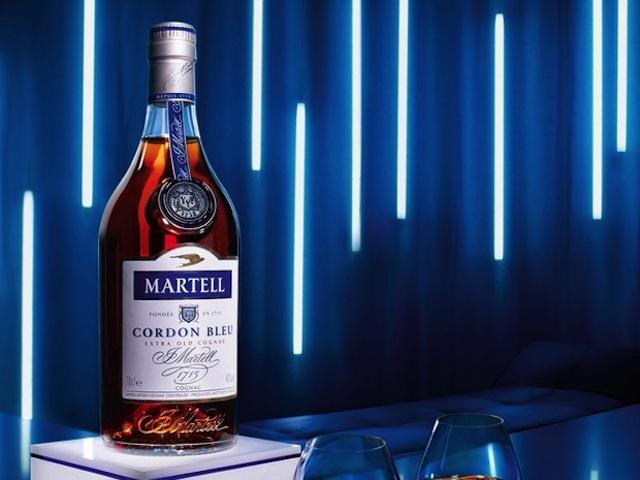 Martell Cordon Bleu được trưng bày tại Singapo `