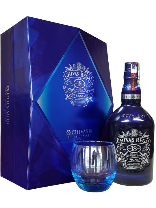 hộp quà của rượu chivas 18 blue signature