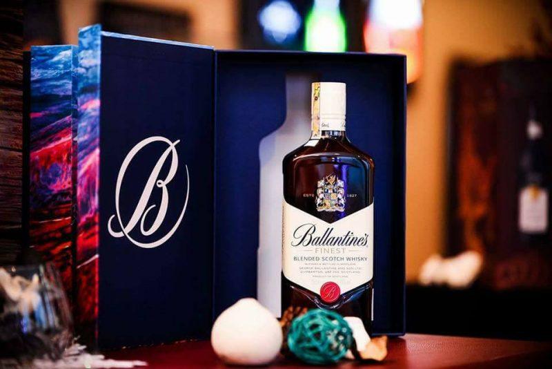 hộp quà rượu ballantines finest