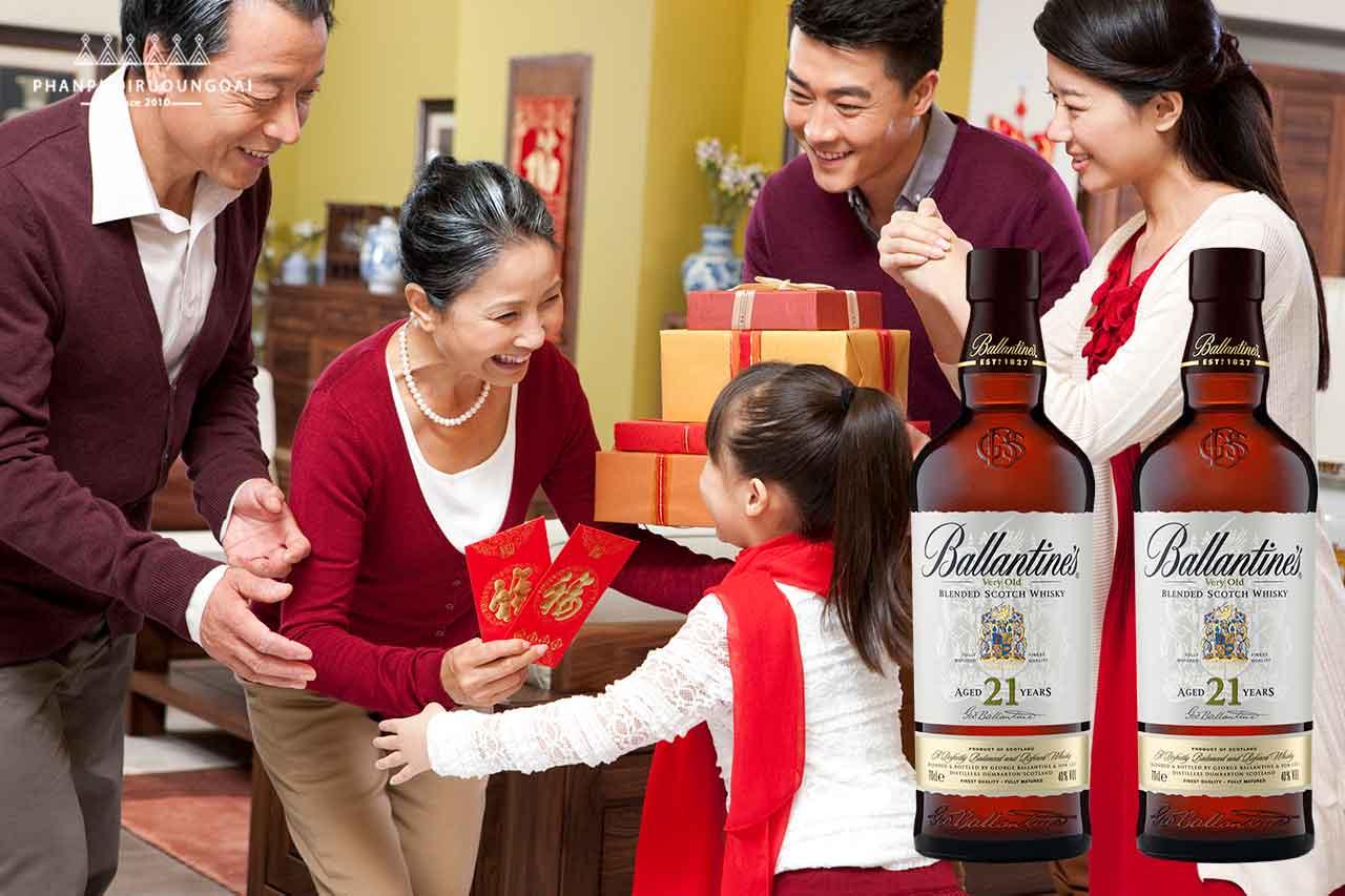 Rượu Ballantine's 21 năm món quà tuyệt hảo cho biếu tặng