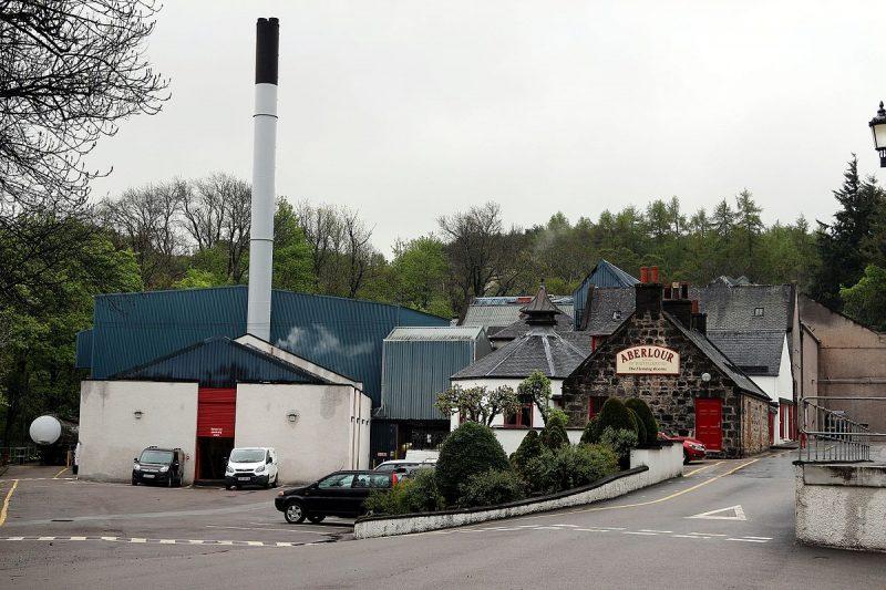 Nhà máy chưng cất chứ danh Aberlour