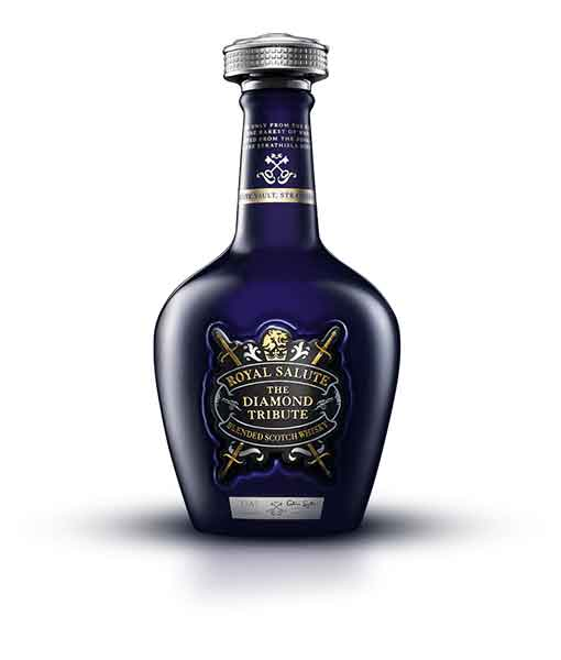 Rượu Royal Salute Diamond Tribute
