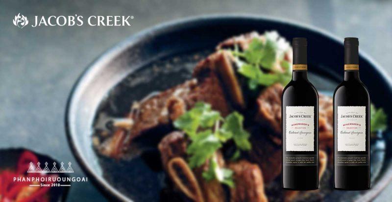 Sườn bò mỹ kết hợp với rượu vang Jacob's Creek Cabernet Sauvignon