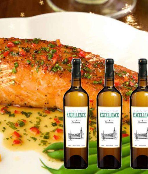 Cá hồi sốt cam và rượu vang Excellence Chardonnay