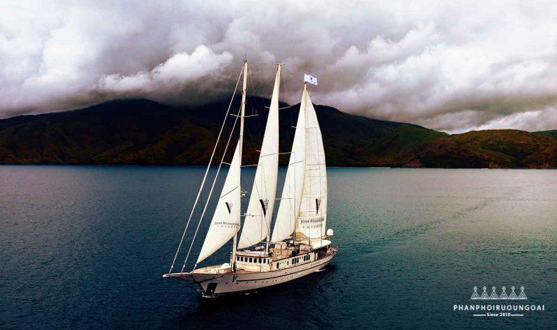 Du thuyền John Walker & Son và chuyến hải trình
