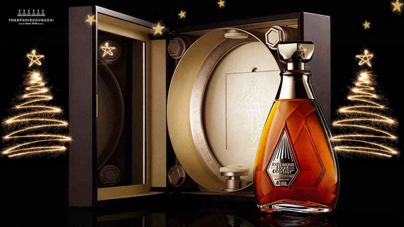 Hộp rượu sang trọng và đẳng cấp của John Walker & Sons Odyssey