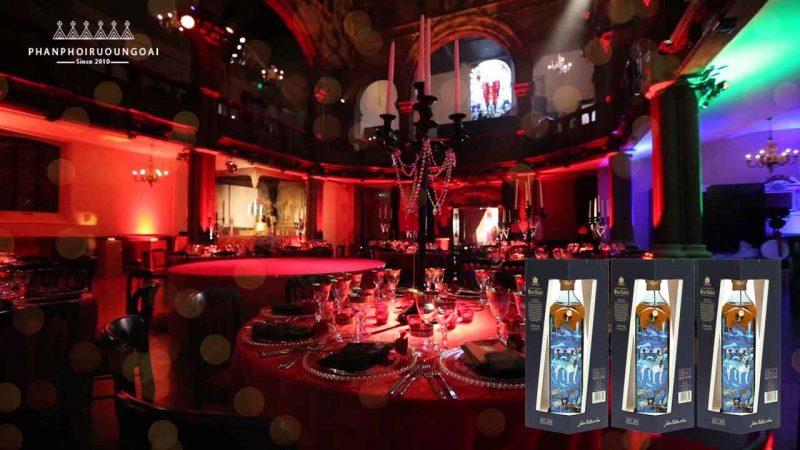 Rượu Johnnie Walker Blue Label - Năm Tuất luôn là điểm nhấn trong các bữa tiệc sang trọng