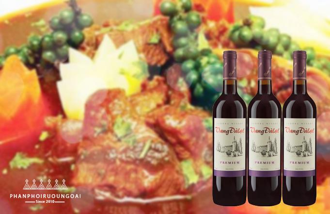 Lưỡi heo nấu tiêu xanh kết hợp với vang đà lạt premium red wine