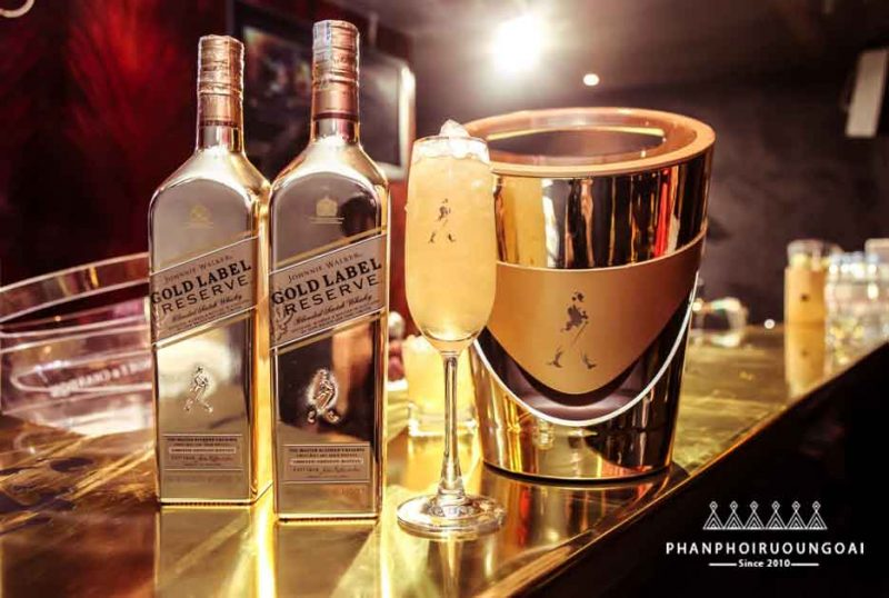 Ly cocktail tuyệt hảo với rượu johnnie walker gold label reserve limited edition