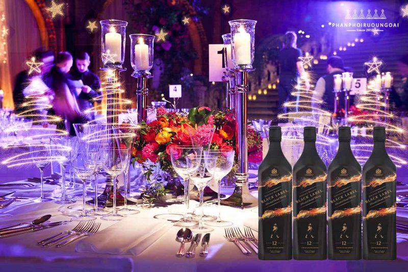 Rượu Johnnie Walker Black Label Limited Edition được xem như món quà đặc biệt trong các bữa tiệc sang trọng