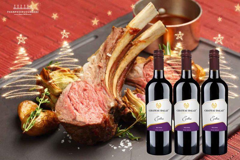 Sườn cừu nướng và rượu vang Chateau Dalat Extra