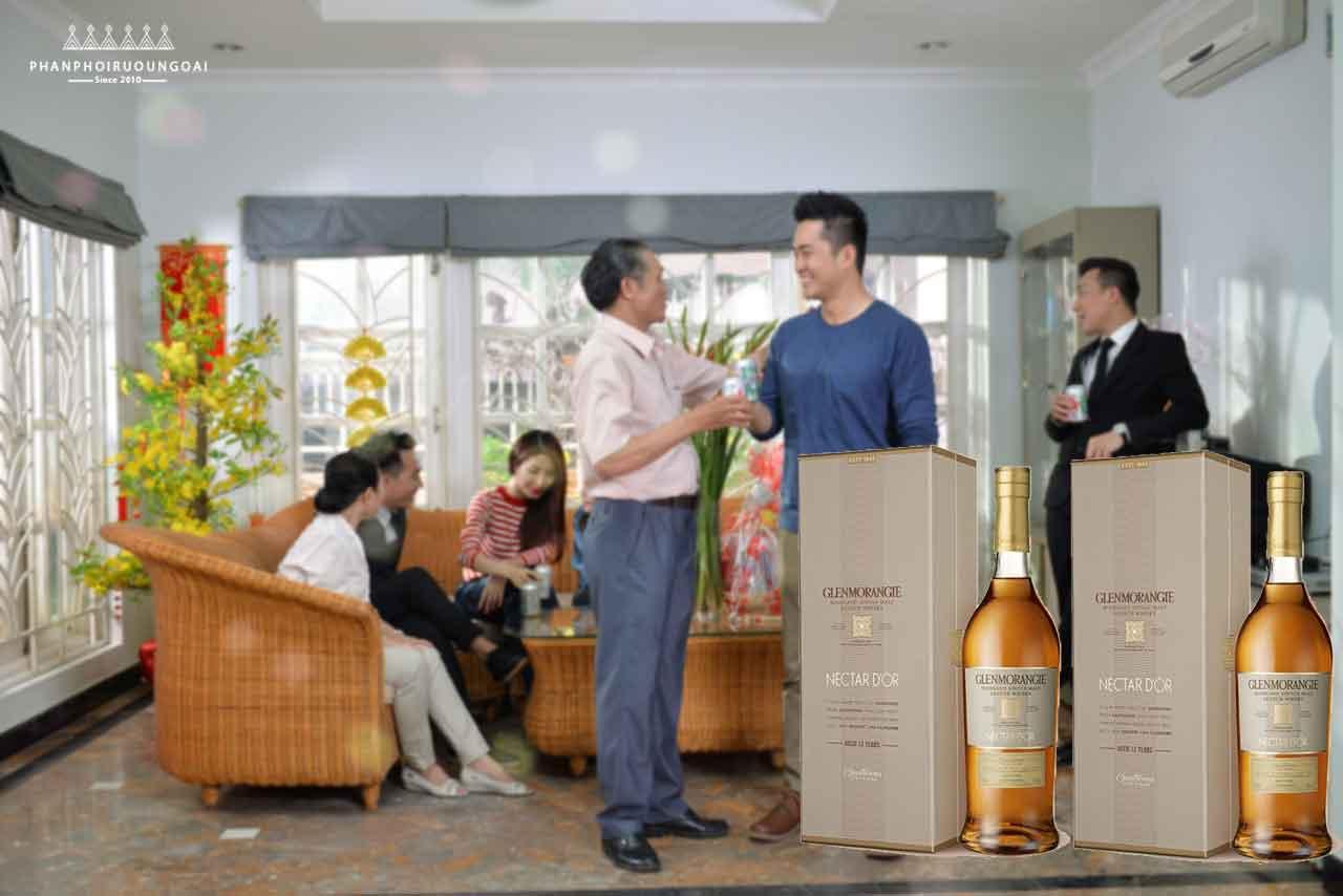 Rượu Glenmorangie Nectar D'Or là món quà biếu đẳng cấp và sang trọng