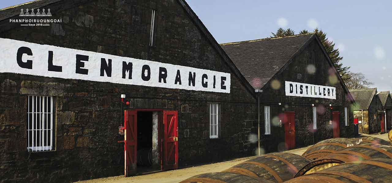 Nhà máy trưng cất rượu SIngle Malt Whisky Glemmorangie