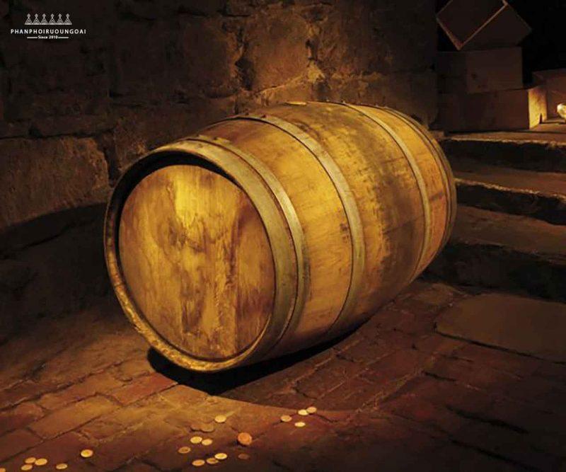 Rượu Glenmorangie Nectar D'or trưởng thành từ thùng gỗ sồi Sauternes nổi tiếng của Pháp