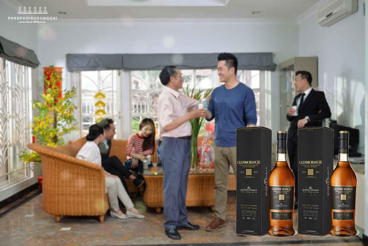 Rượu Glenmorangie Quinta Ruban thích hợp cho biếu tặng tết nguyên đán 2018