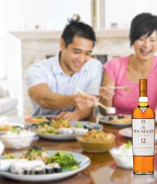 Rượu Macallan 12 Select Oak thích hợp thưởng thức với gia đình và bạn bè