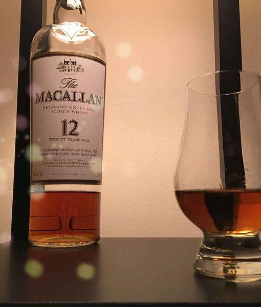 Rượu Macallan 12 thích hợp uống khi sử dụng ly tulip