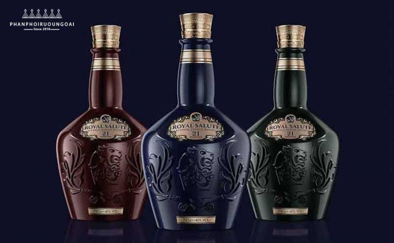 Các chai rượu Royal Salute 21 năm