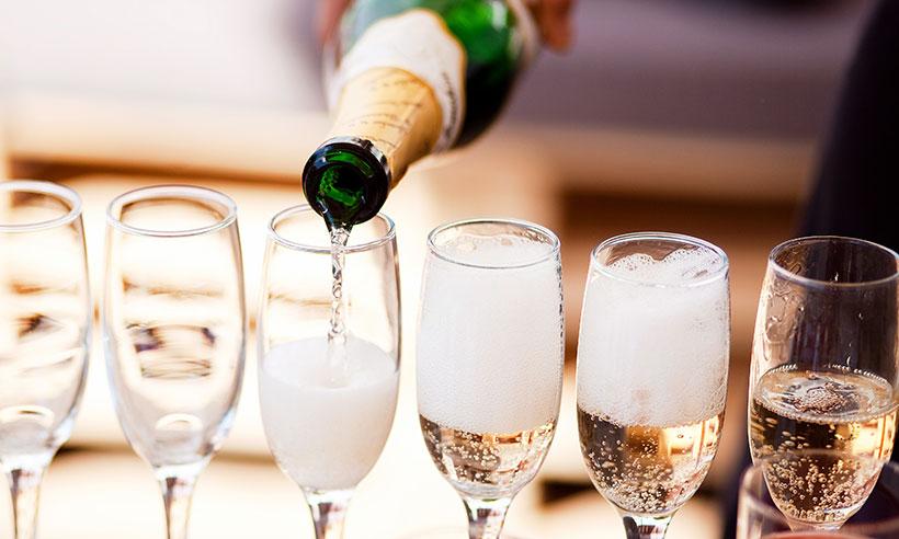 Rượu Sparkling Wine là gì