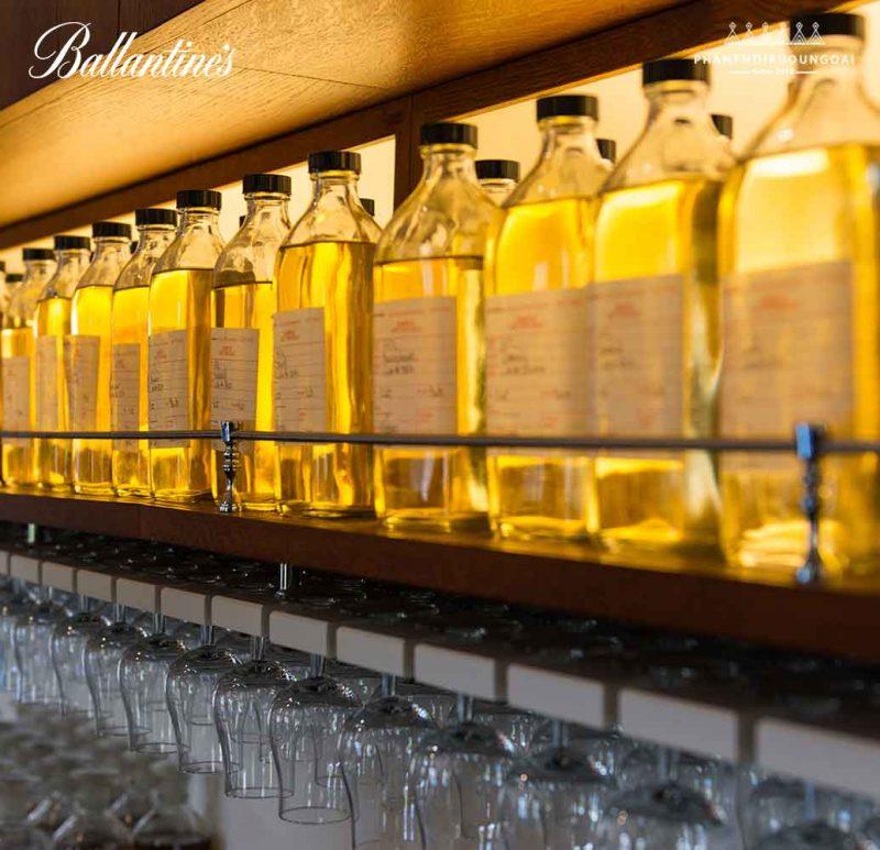 Phối trộn các loại rượu whisky - Blending