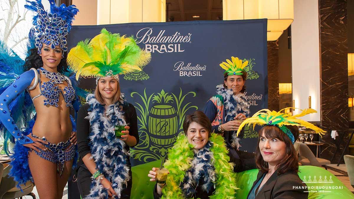 Chiến dịch quảng bá rượu Ballantine's Brasil