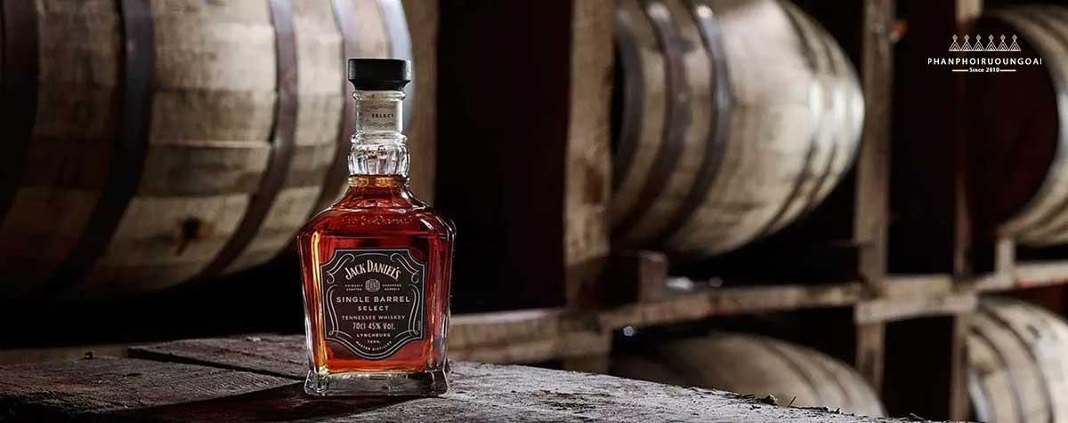 Giới thiệu về rượu Single Barrel Select của nhà Jack Daniel