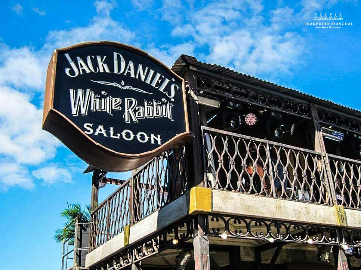 The Saloon Jack Daniel White Rabbit
