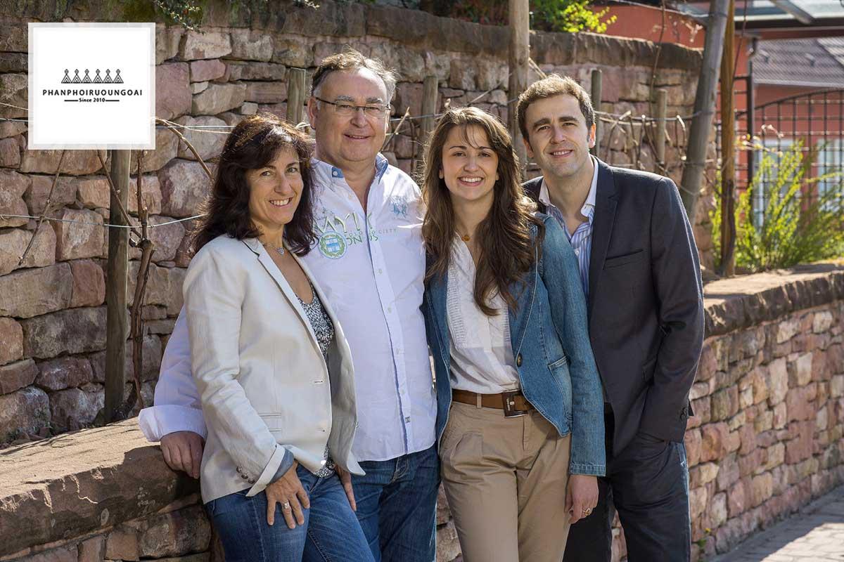 Gia đình Helfrich hiện đang sở hữu 500 Hecta trồng nho