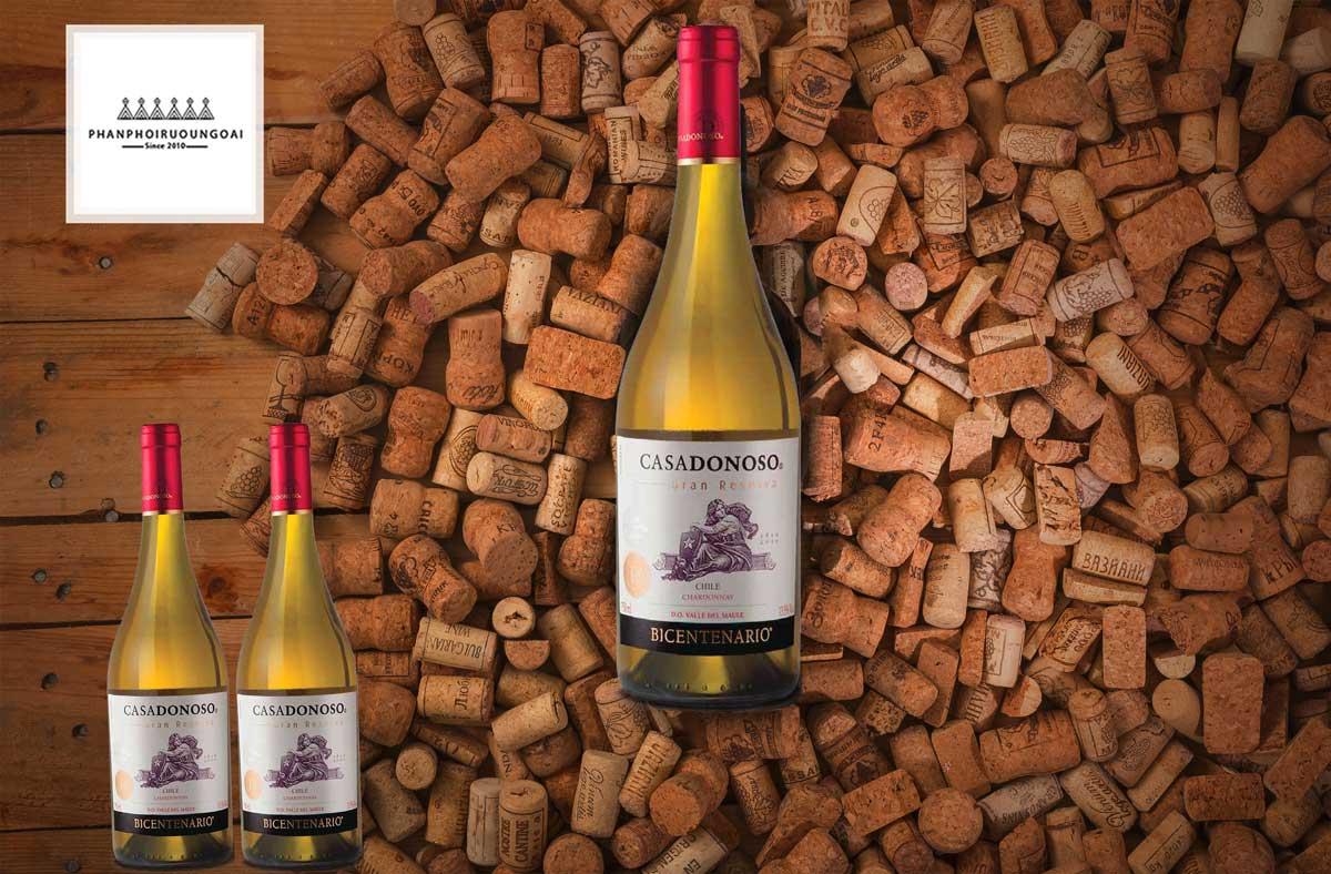 Rượu Vang Casa Donoso Bicentenario Chardonnay và nút chai