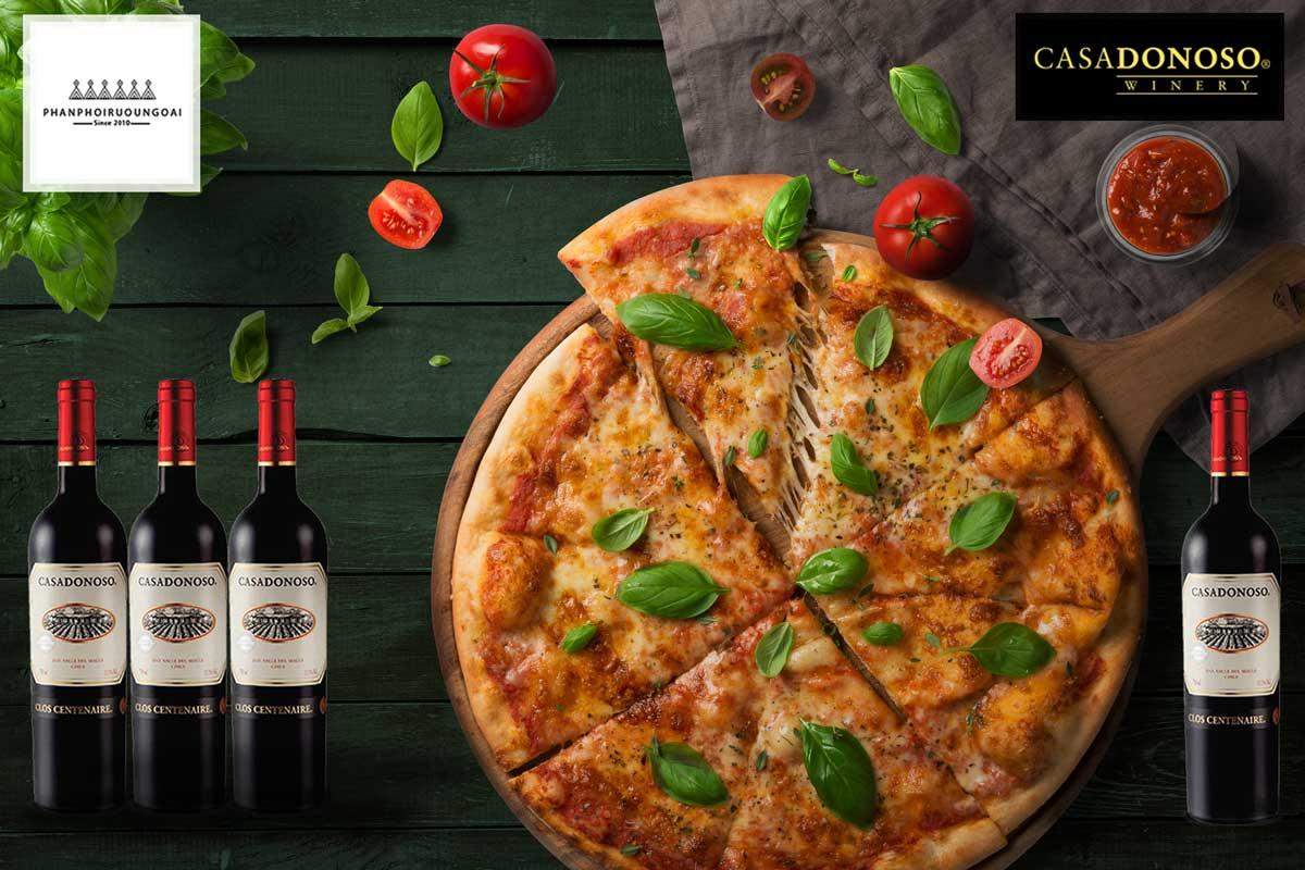 Rượu vang Casa Donoso Clos Centenaire và Pizza
