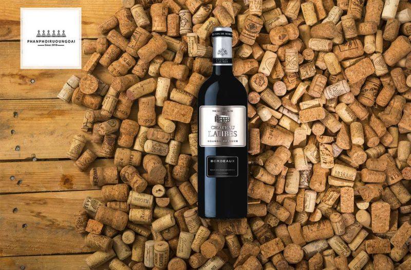 Rượu Vang Chateau Laubes và nút chai