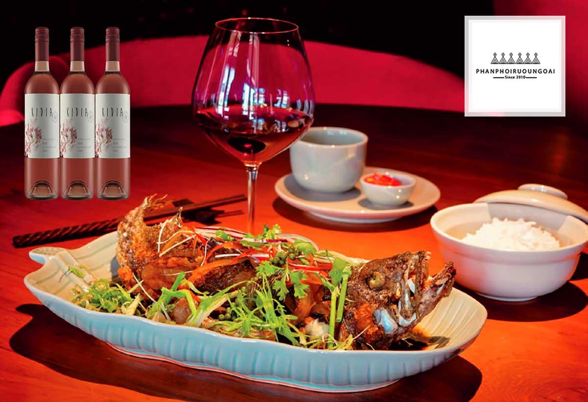 Rượu vang hồng Kidia Pink Merlot kết hợp với các món hải sản