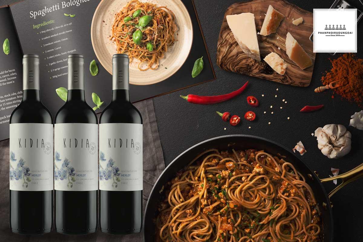 Rượu vang Kidia Merlot và đồ ăn