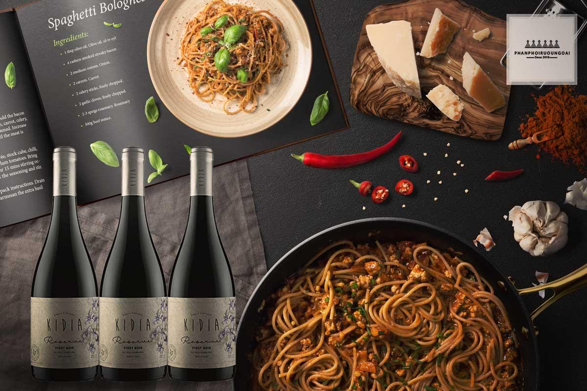 Rượu vang Kidia Reserva Pinot Noir và đồ ăn