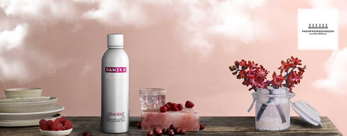 Hình ảnh rượu Vodka Danzka Cranraz - Vodka Đan Mạch