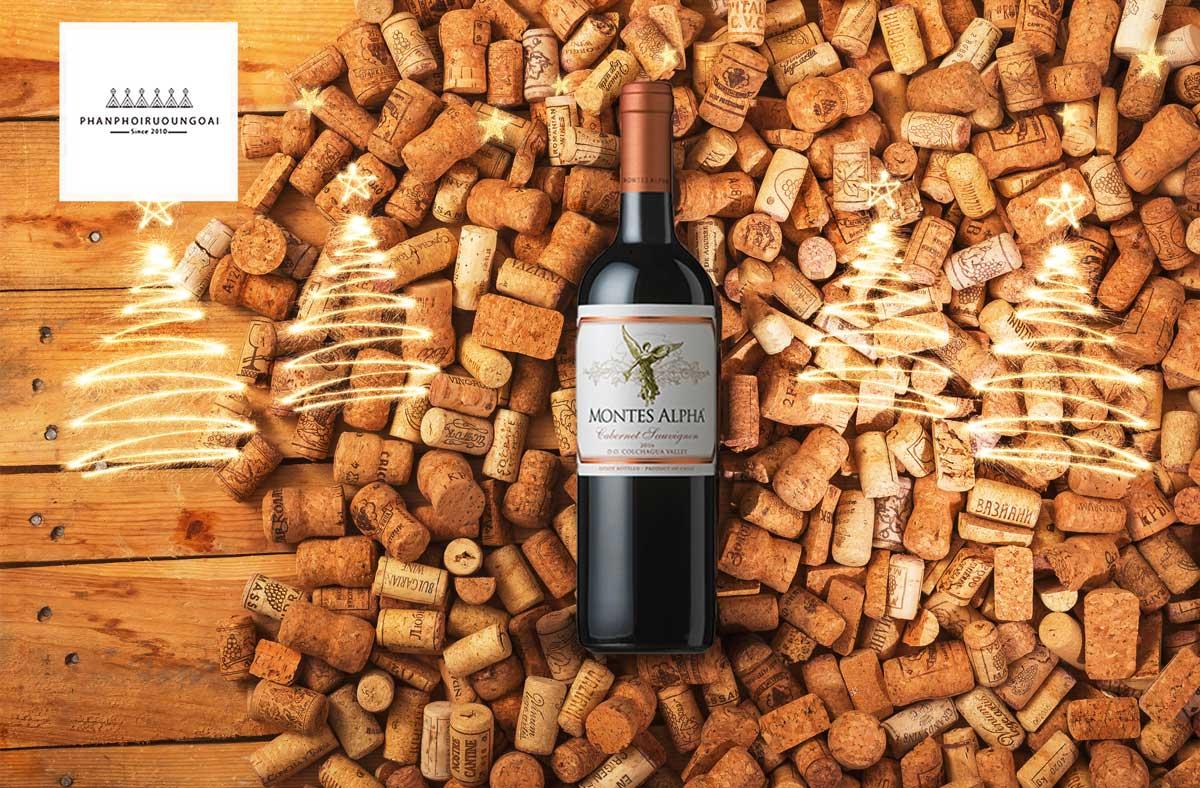 Rượu Vang Montes Alpha Cabernet Sauvignon và nút chai