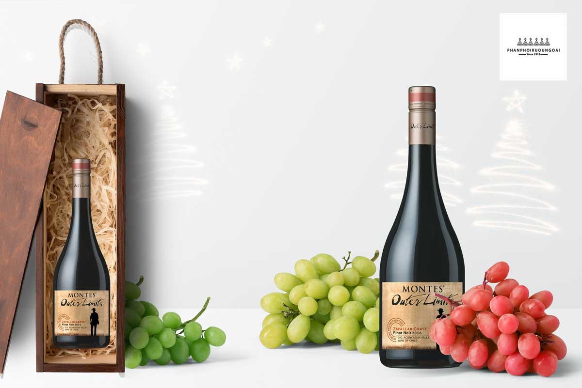 Rượu vang Montes Outer Limits Pinot Noir 2016 và hộp quà