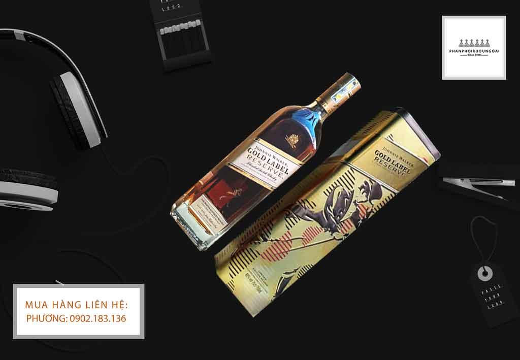Ảnh chụp rượu Johnnie Walker Gold Label hộp quà tết 2020