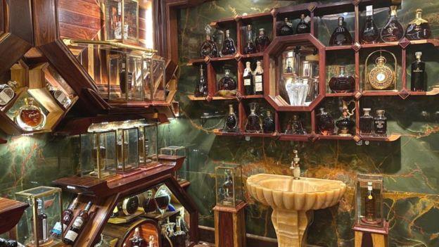 Chi tiết bộ sưu tập rượu Whisky của ông Đinh Tuấn Việt