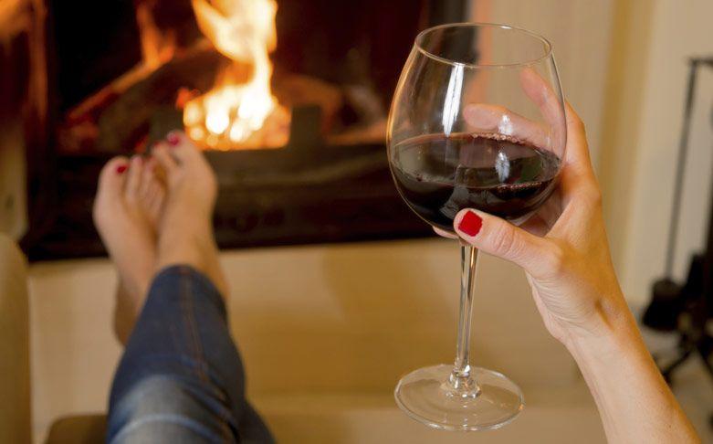 Lợi ích bất ngờ của rượu vang đỏ với phụ nữ