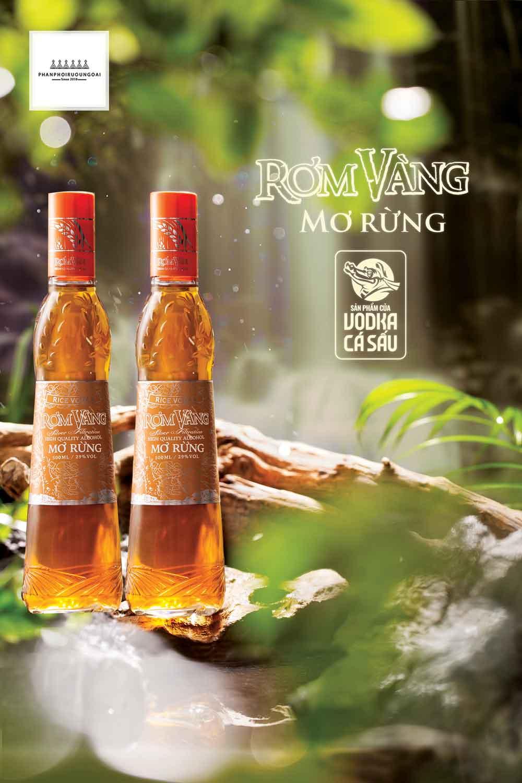 Rượu mơ rừng rơm vàng loại rượu ngâm truyền thống Việt Nam