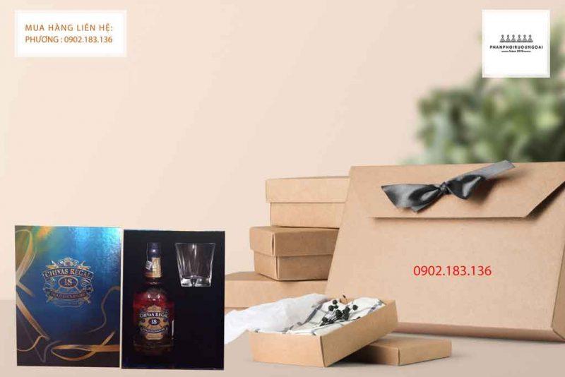 Rượu Chivas 18 hộp quà tết 2020 món quà tết ấm tình thân