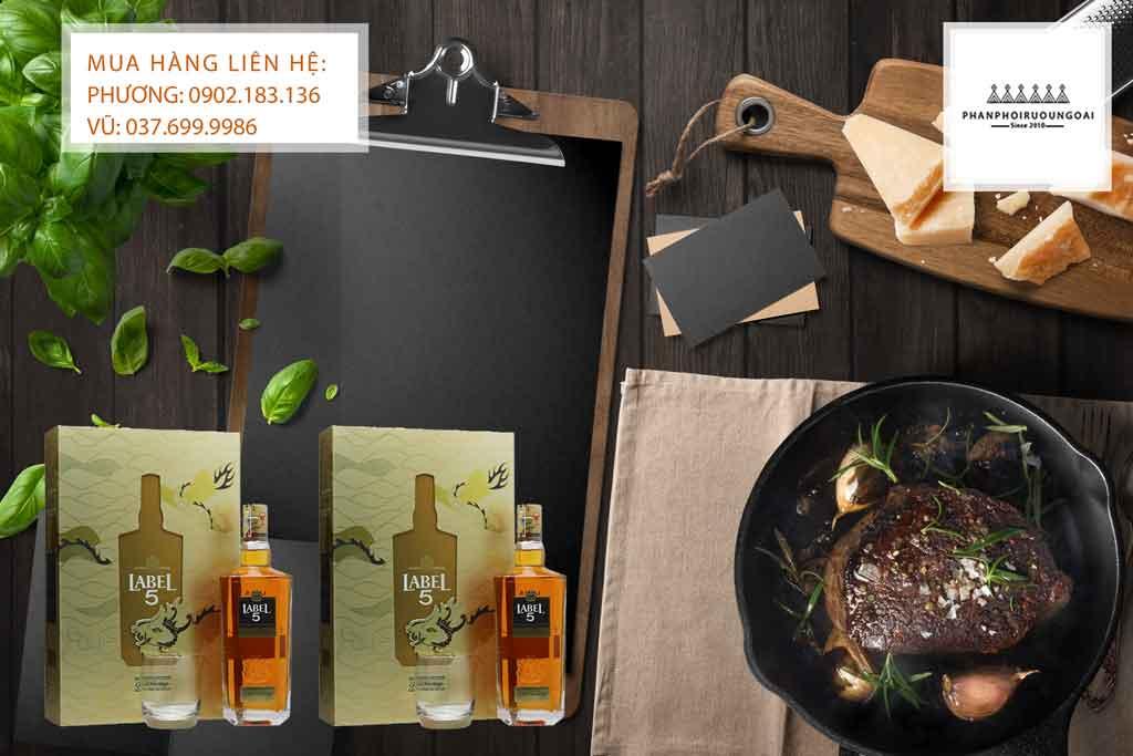 Rươu Label 5 Gold Heritage hộp quà 2020 và món thịt đỏ