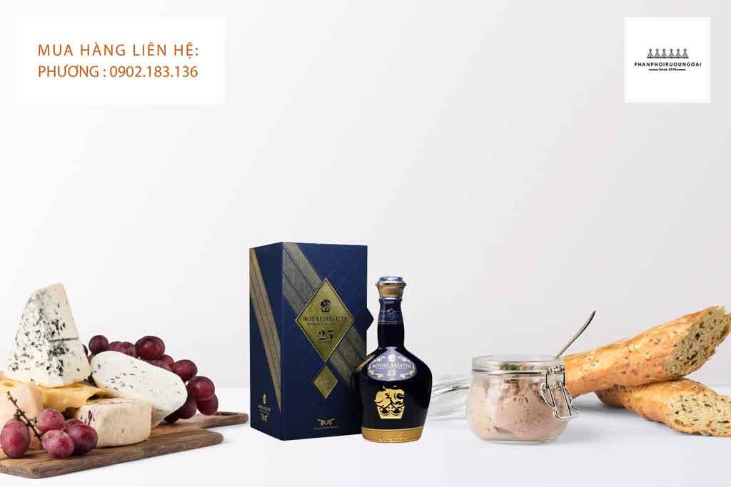 Rượu Royal Salute 25 năm có thể phù hợp với hầu hết các món ăn