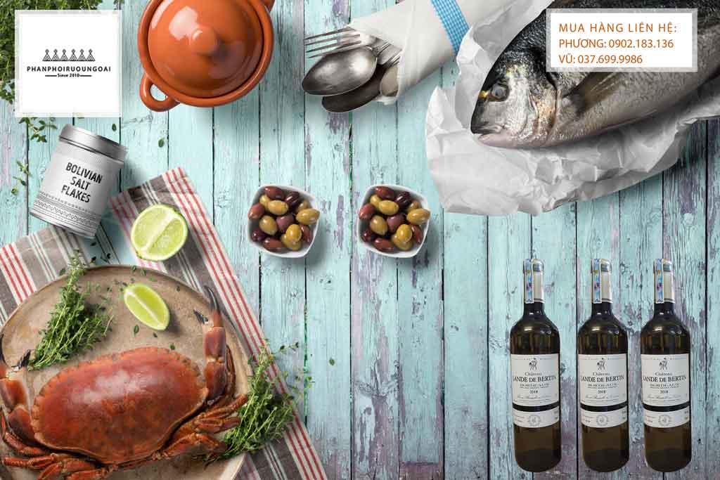 Rượu vang Pháp Chateau Lande de Bertin trắng và hải sản
