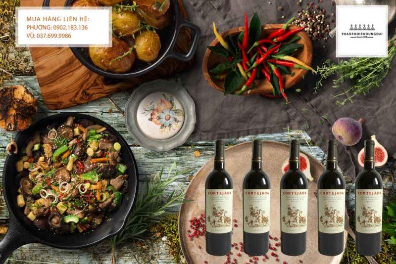 Rượu Vang Chile Cortejada Reserva Cabernet Sauvignon và các món ăn Việt Nam