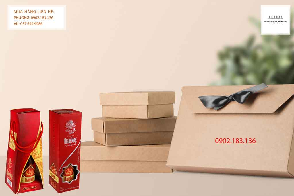 Rượu Vang Thăng Long món quà biếu tặng cho các cán bộ, công nhân khu công nghiệp