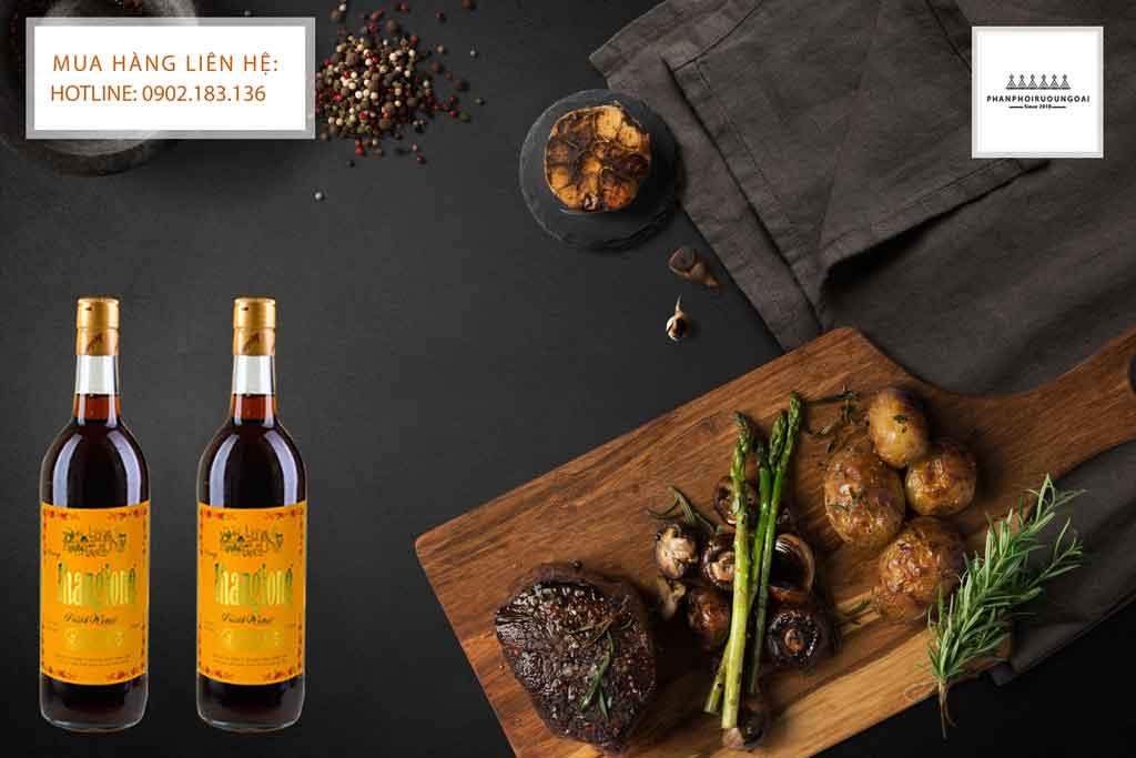 Rượu Vang Thăng Long truyền thống và các món ăn