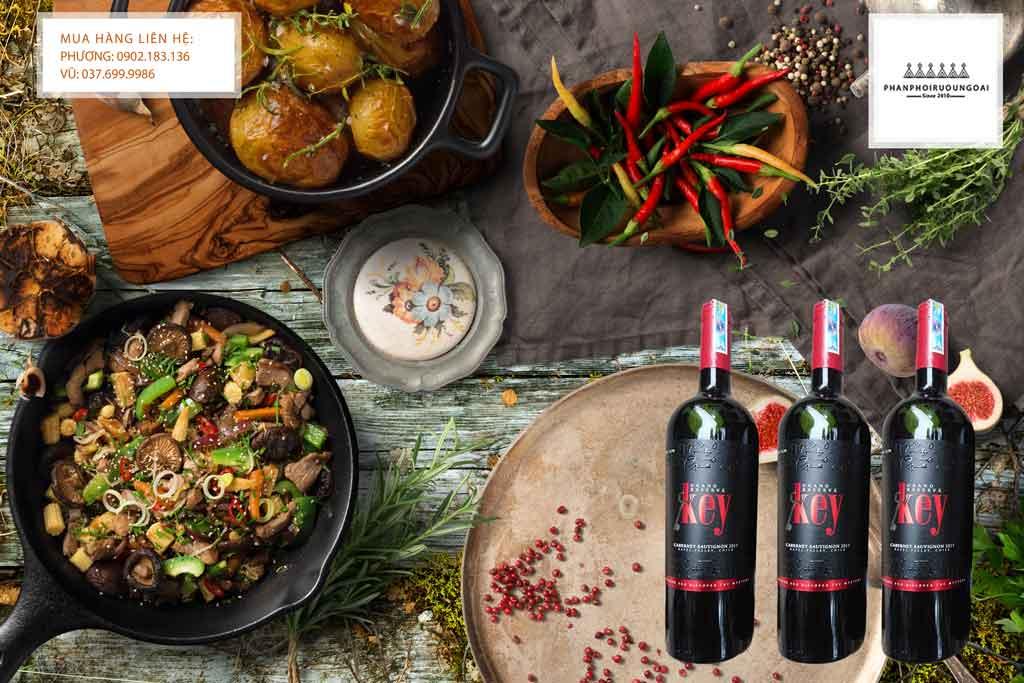 Rượu Vang Key Grand Reserve Cabernet Sauvignon và món ăn
